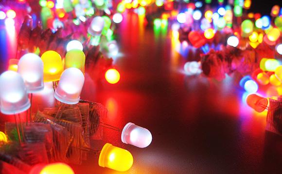 светодиоддук лампа