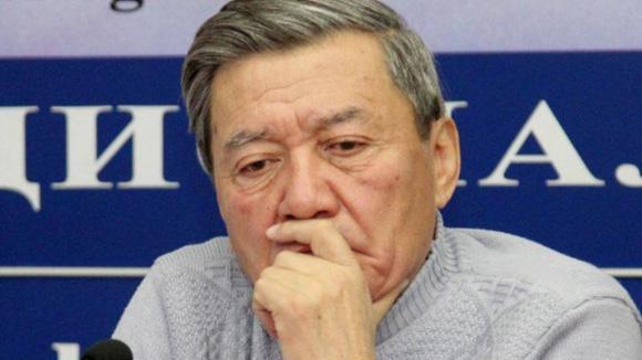 Жыпар Жекшеев