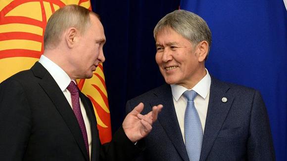 Владимир Путин жана Алмазбек Атамбаев